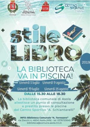 Stile Libro, la biblioteca va in piscina!