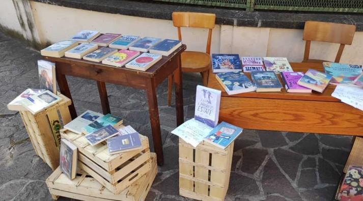 Gonzaga, biblioteca in trasferta al mercato cittadino   MantoBimbi